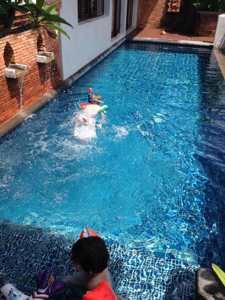 Royal Muang Samui Villa - Kinder im privaten Pool