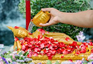 300-Buddha-Statue-Songkran